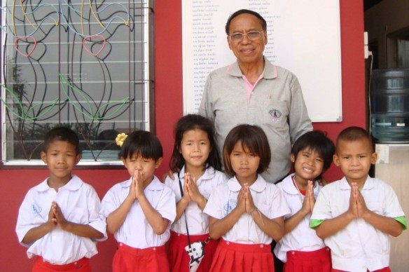 dr-a-with-fordec-children-2-676x450