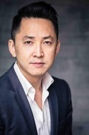 viet-nguyen-author20photo